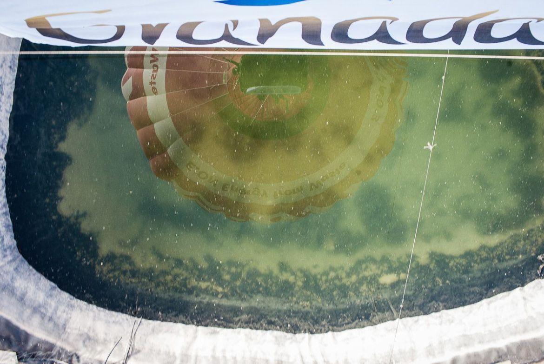 reflejo de un globo aerostático