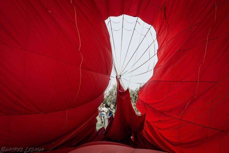 interior de un globo aerostático