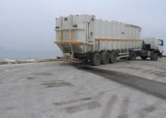 Οι ναυτιλιακές εταιρίας μπλοκάρανε τα σκουπίδια στη Θάσο