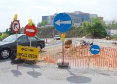 Ο δρόμος του Νοσοκομείου – Μισοτελειωμένο τον δίνουν στην κυκλοφορία