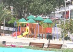 """""""STOP"""" σε Πάρκο Φαλήρου και Δημοτικό Κήπο"""