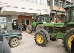 O  ΣΥΡΙΖΑ Καβάλας καταγγέλλει του αγρότες που διέκοψαν την εκδήλωσή του την Παρασκευή