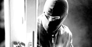 Εξιχνίαση κλοπής από οικία στην Καβάλα, όπου αφαιρέθηκαν μεγάλο χρηματικό ποσό και χρυσαφικά μεγάλης αξίας