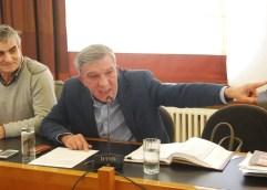 Με την «ντρίπλα» του καυγά, ο Πέτρος Πετρόπουλος δεν απάντησε στις καυτές ερωτήσεις του Μάκη Παπαδόπουλου για την ανακαίνιση στο ΑΝΤΙΓΟΝΗ ΒΑΛΑΚΟΥ