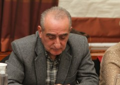 ΒΟΥΛΙΑΖΕΙ ΤΟ ΚΑΡΑΒΑΚΙ ΤΗΣ ΔΗΜΗΤΡΑΣ ΤΣΑΝΑΚΑ: Της έφυγε και άλλος δημοτικός σύμβουλος – Ανεξάρτητος και ο Νίκος Μαυρίδης