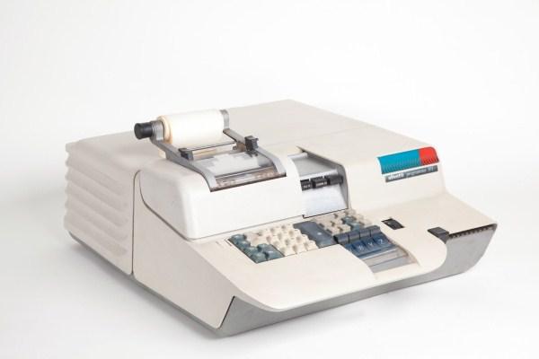 Olivetti:  «Σκότωσε» η CIA τον πρώτο εμπορικό επιτραπέζιο προσωπικό υπολογιστή στον κόσμο;