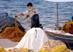ΚΑΙ ΣΤΗΝ ΚΑΒΑΛΑ: Όλο και περισσότερους ψαράδες πιάνει στα… δίχτυα του ο αλιευτικός τουρισμός στην Ελλάδα