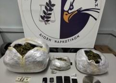 ΚΑΒΑΛΑ: Συνελήφθησαν 2 άτομα κατηγορούμενα για διακίνηση, πάνω από 10 κιλά ακατέργαστης κάνναβης