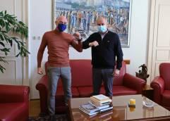 ΔΗΜΟΣ ΚΑΒΑΛΑΣ: Ο Γιάννης Προμούσας αναλαμβάνει καθήκοντα Αντιδημάρχου Οικονομικών Υπηρεσιών
