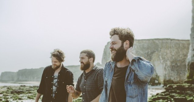 BEAR'S DEN Announce new single 'AGAPE' out 6 April