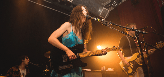 WOLF ALICE -  Share behind the scenes tour video - Watch