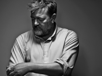 ALBUM REVIEW: GUY GARVEY - COURTING THE SQUALL