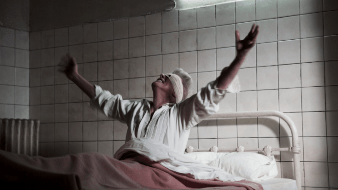 "DAVID BOWIE unveils video for latest single ""LAZARUS""- watch"