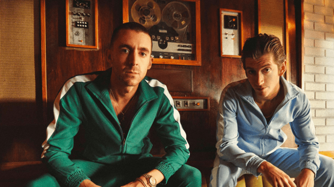 """THE LAST SHADOW PUPPETS Unveil Video for """"Everything You've Come To Expect"""""""