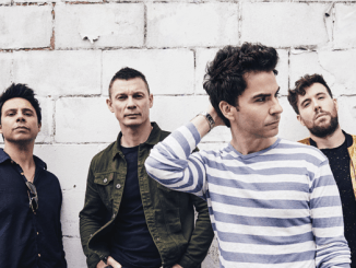 STEREOPHONICS - Release new track 'CAUGHT BY THE WIND' from new album 'SCREAM ABOVE THE SOUNDS'