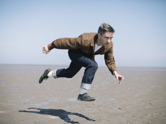 VILLAGERS Release fourth album 'The Art Of Pretending To Swim' on September 21st
