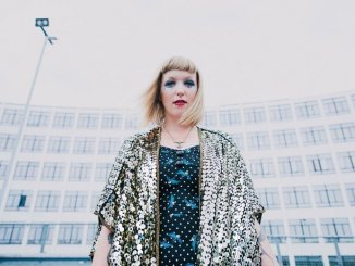 SHE MAKES WAR - Shares Video For New Single 'Devastate Me' - Watch Now