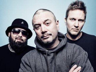 FUN LOVIN' CRIMINALS return with first new material since 2010 - Listen to new single 'Daylight' ft Rowetta