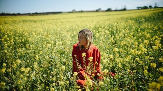 THE JAPANESE HOUSE has revealed the live session video for 'Everybody Hates Me' - Watch Now