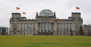 {{de The Reichstag in Berlin, Germany.