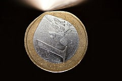 Financial crisis. Hard or soft currency? - Har...
