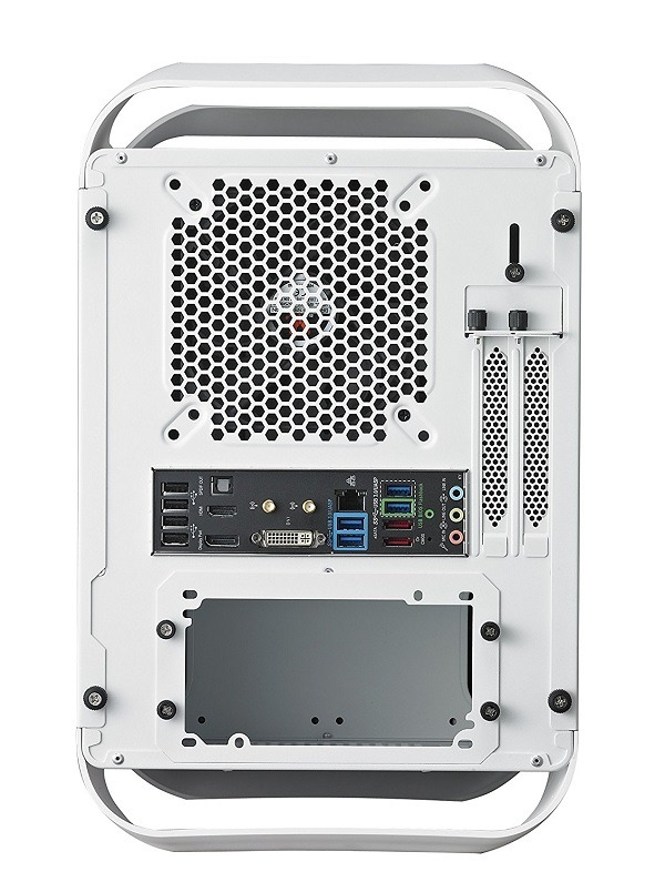 BitFenix Mini-ITX case 5