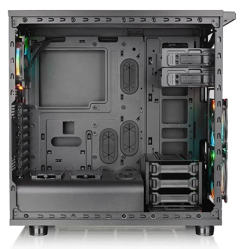 Thermaltake Core X31 RGB Edition 2