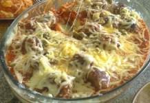 Almôndegas Gratinadas Com Purê de Batatas