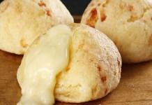Pão de Queijo Recheado de Liquidificador