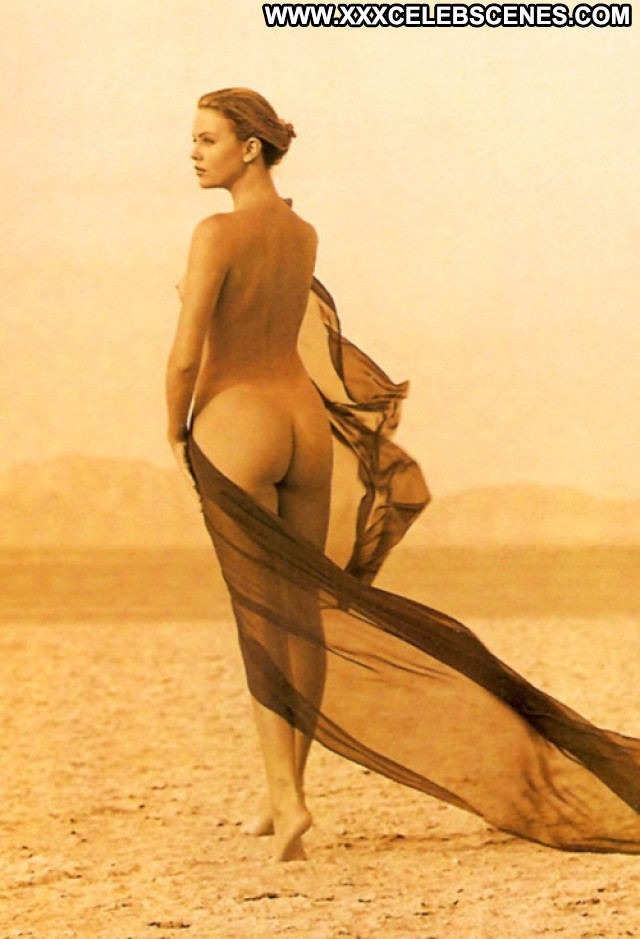 Charlize Theron Reality Hollywood Nude Glamour Amateur Celebrity Live