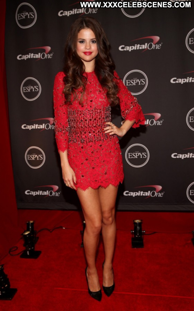 Selena Gomez Espy Awards Angel Posing Hot Los Angeles Paparazzi Babe