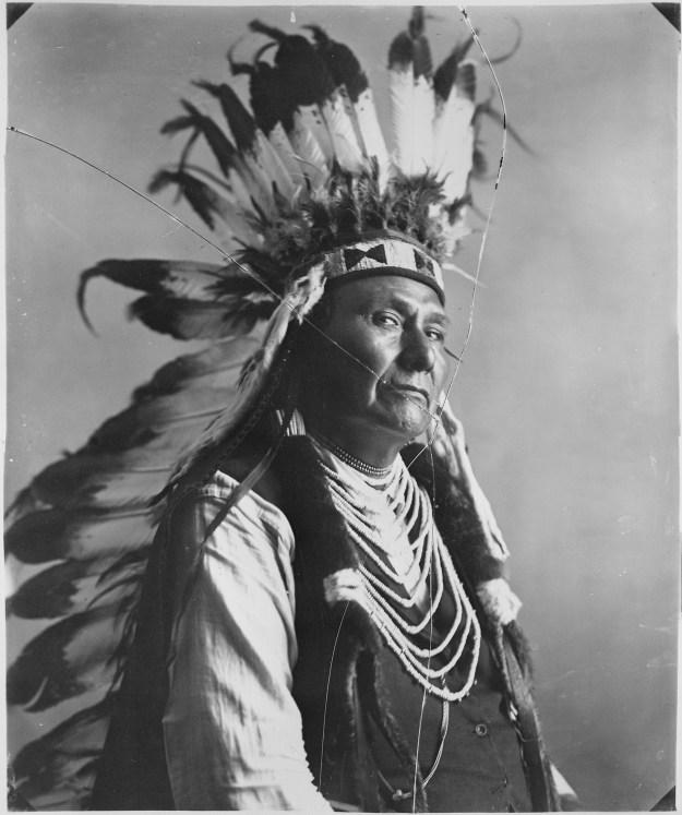 Chief_Joseph,_Nez_Perce_-_NARA_-_523606