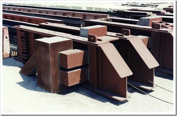 Yaacov Apelbaum-Pre-Stressed Concrete Bed