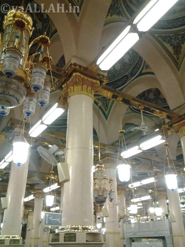 Masjid Nabawi Wallpaper At Night_yaALLAH.in_26