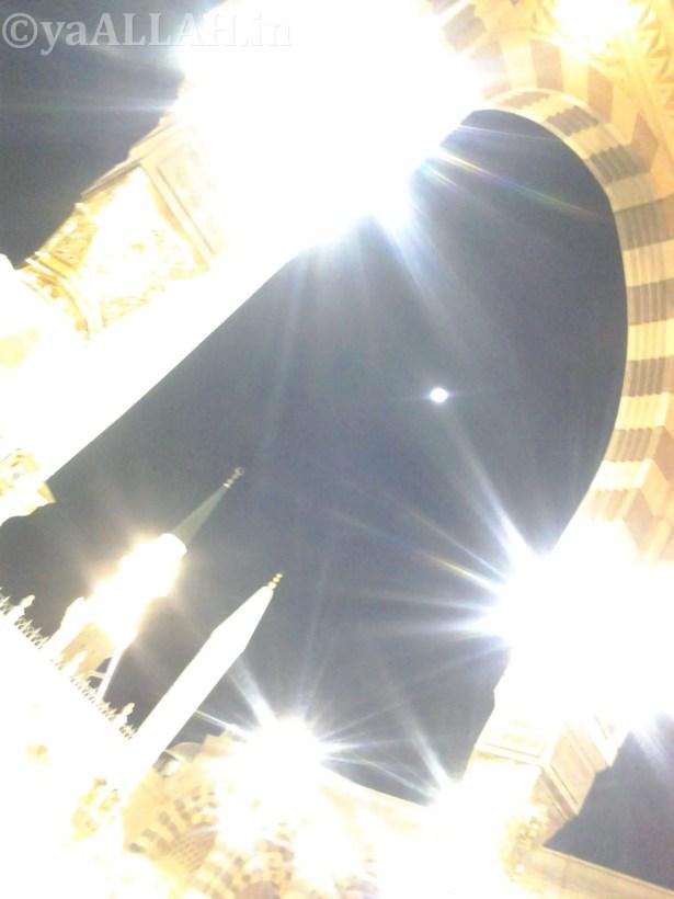 Masjid Nabawi Wallpaper At Night_yaALLAH.in_29