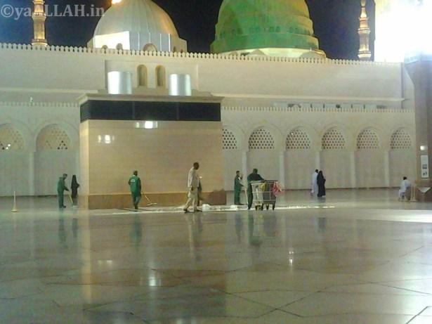 Masjid Nabawi Wallpaper At Night_yaALLAH.in_30