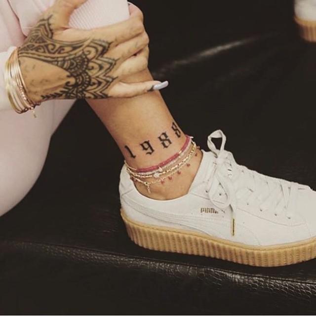Rihanna Leg Tatt
