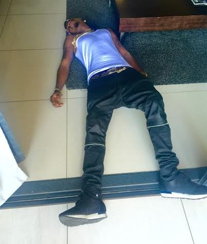 Picture of An Alleged Skiibii's Corspe sent to us to confirm he's dead.