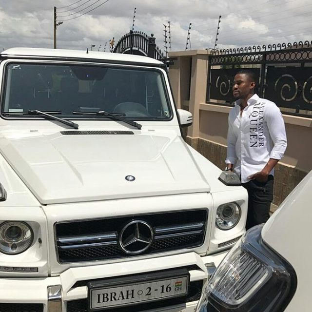 Ibrah Money buys 10 iPhone X