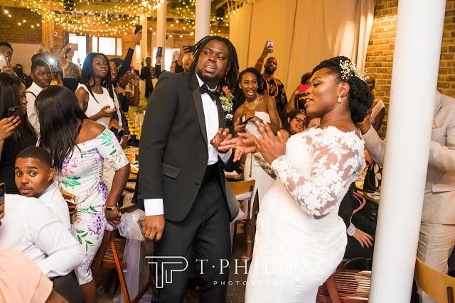 wedding photos of couple wey meet via twitter