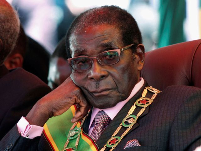 Robert Mugabe resigns