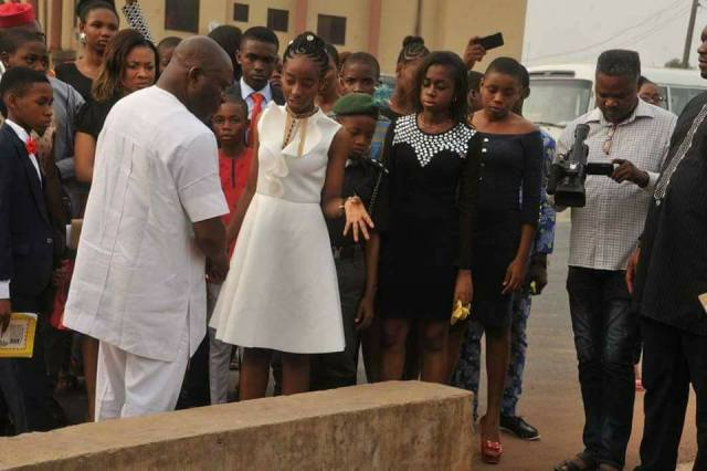 14 year old 01 - 14 Year Old Joy Ezechikamnayo begins duty as Abia State governor along with her team & security (photos)