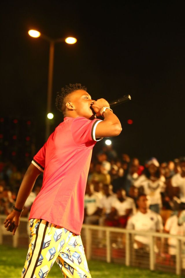 IMG 5794 preview - Davido, Runtown, Mr. P, Niniola, Oritsefemi, 9ice, Olu Maintain, Falz & more Shutdown Barbeach at the Merrybet Celebrity Fans Challenge Event