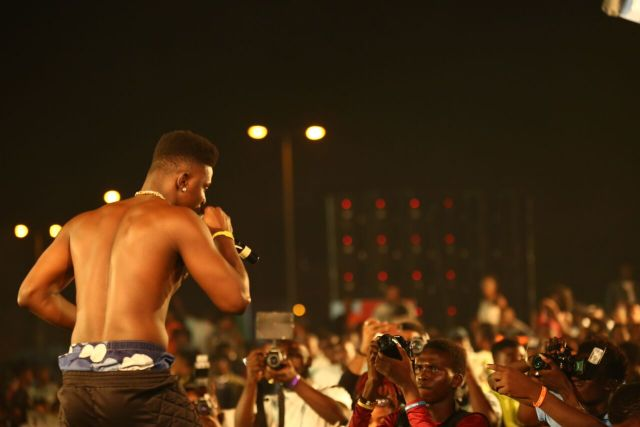 IMG 5858 preview - Davido, Runtown, Mr. P, Niniola, Oritsefemi, 9ice, Olu Maintain, Falz & more Shutdown Barbeach at the Merrybet Celebrity Fans Challenge Event