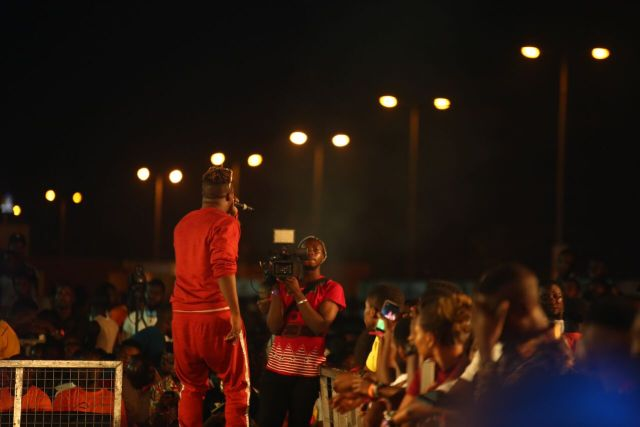 IMG 6292 preview - Davido, Runtown, Mr. P, Niniola, Oritsefemi, 9ice, Olu Maintain, Falz & more Shutdown Barbeach at the Merrybet Celebrity Fans Challenge Event
