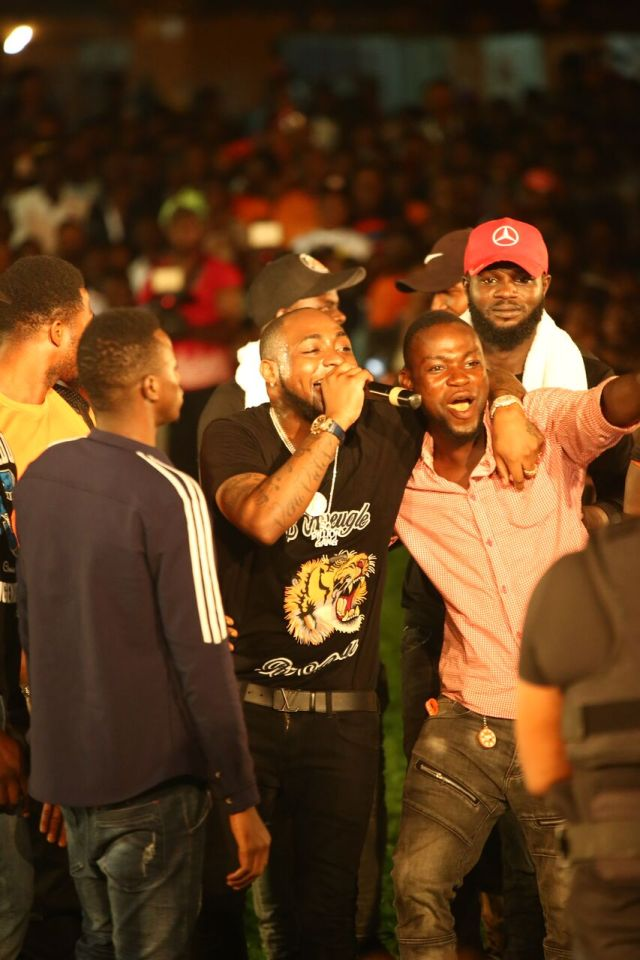 IMG 7743 preview - Davido, Runtown, Mr. P, Niniola, Oritsefemi, 9ice, Olu Maintain, Falz & more Shutdown Barbeach at the Merrybet Celebrity Fans Challenge Event