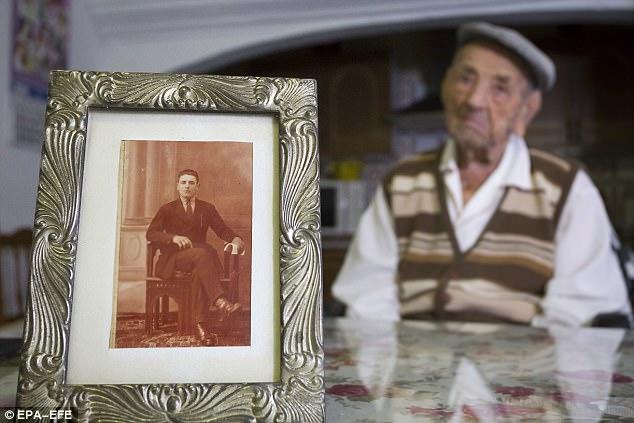 World's oldest man dies aged 113