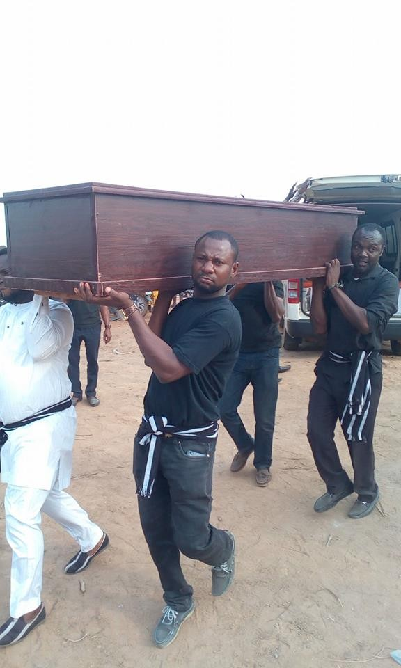 mass burial 08 - Photos from the mass burial for the 75 victims of the Fulani herdsmen attack in Benue