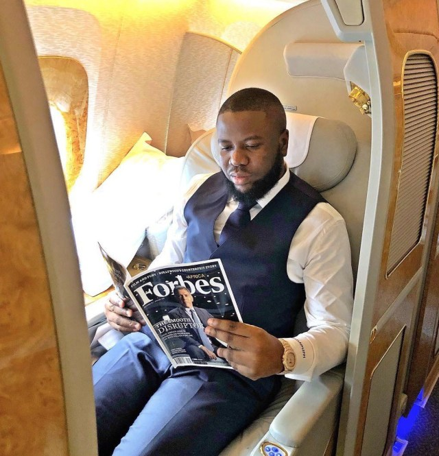 Hushpuppi says he'll soon return his Nigerian citizenship after EFCC arrested Yahoo boys in a club recently