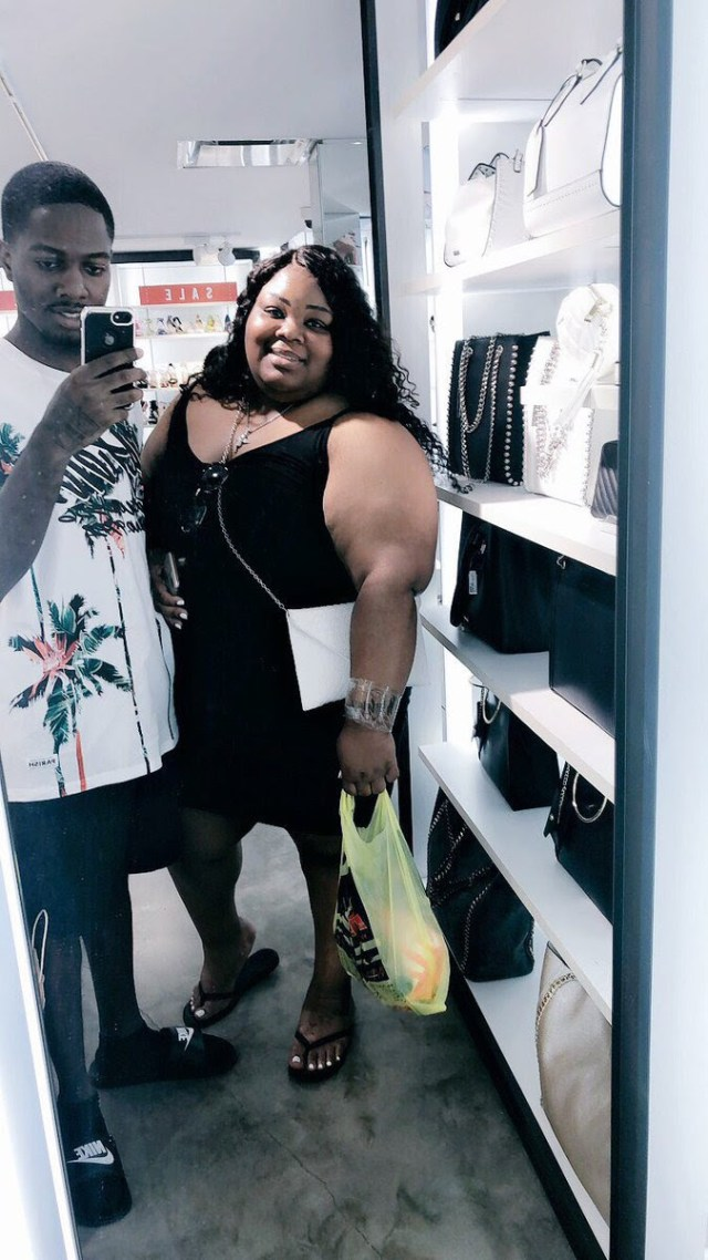 Man and plus-sized fiancee go viral after they get matching tattoo (Photo)